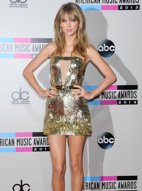 Taylor Swift American Music Awards 2013 Red Carpet