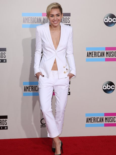 Miley Cyrus American Music Awards 2013 Red Carpet