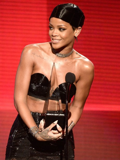 Rihanna American Music Awards 2013