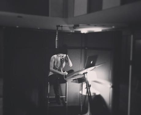 Ellie Goulding in the recording studio