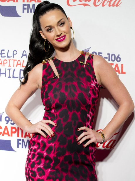 Katy perry 10 hot pics to make you roar with envy katy perry jingle bell ball 2013 voltagebd Image collections
