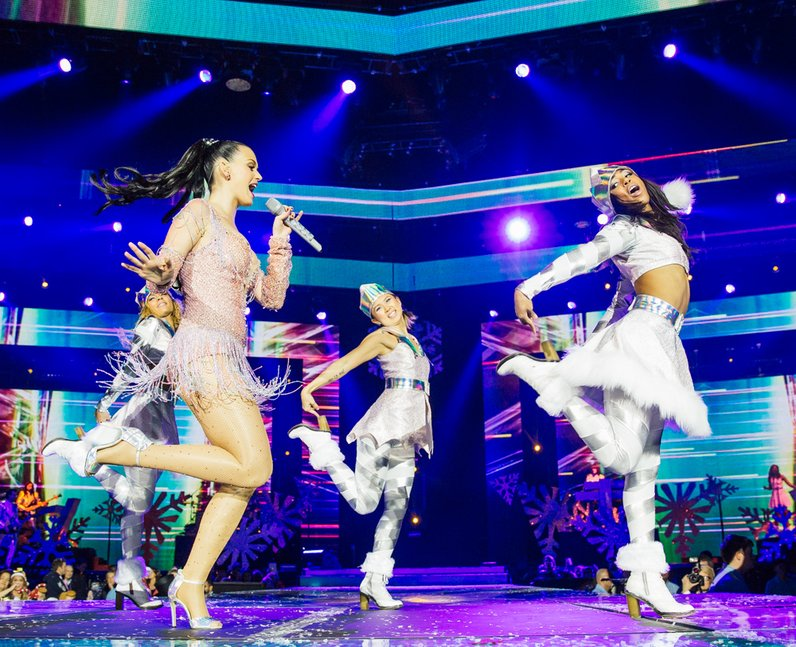 Katy Perry live Jingle Bell Ball 2013