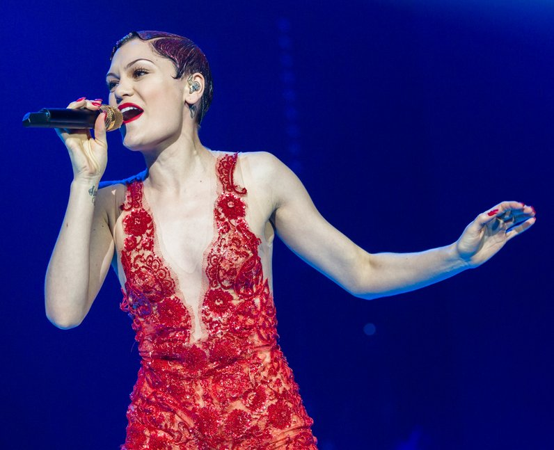 Jessie J live Jingle Bell Ball 2013