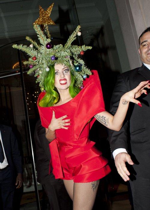 Lady Gaga dressed as a Christmas Tree