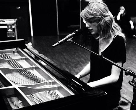 Taylor Swift Grammy Rehearsals