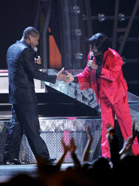 2005 - Usher Has A Dance-Off With James Brown Standard - What A Show 17 Most -3525