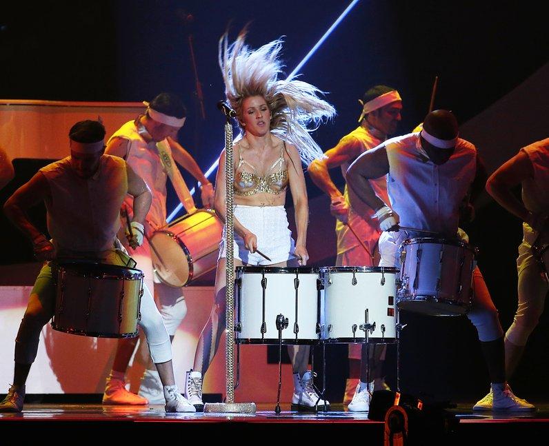 Ellie Goulding BRIT Awards 2014 Performance