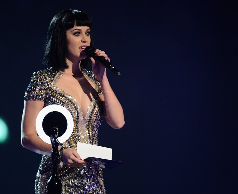 Katy Perry BRIT Awards 2014 On Stage