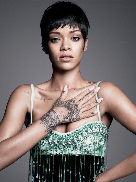 Rihanna covers Vogue Magazine