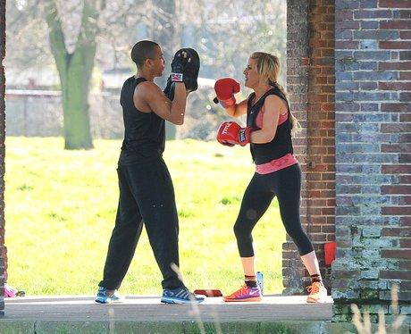 Ellie Goulding boxing