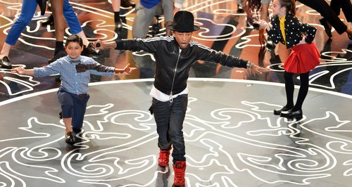 Pharrell Misses Out On Oscars 2014 Prize But Wows With Performance – Watch - Capital