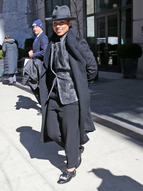 Alicia Keys wearing a hat in New york