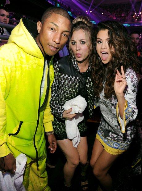 Pharrell Williams,  Kaley Cuoco,  Selena Gomez