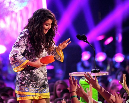Selena Gomez Kids Choice Awards 2014
