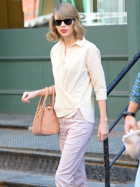 Taylor Swift Peach Outfit
