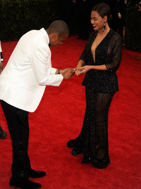 Beyonce and Jay Z Fake Proposal MET Ball