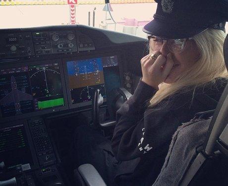Ellie Goulding pilot outfit