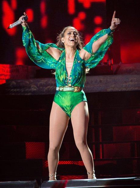 Jennifer Lopez Recreates Grammy Dress