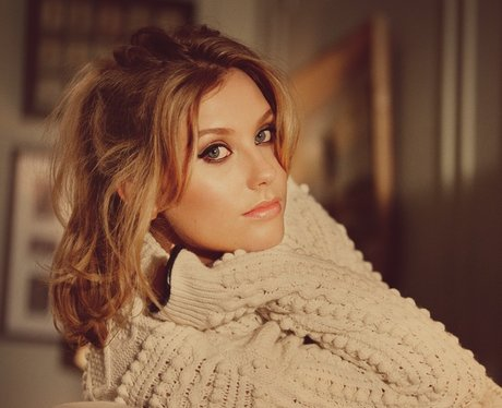 Ella Henderson Big Top 40
