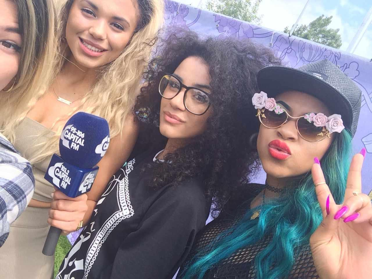 Neon Jungle Selfie Backstage at Isle of Wight 2014