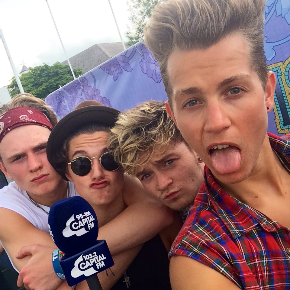 The Vamps Selfie Backstage at IOW 2014