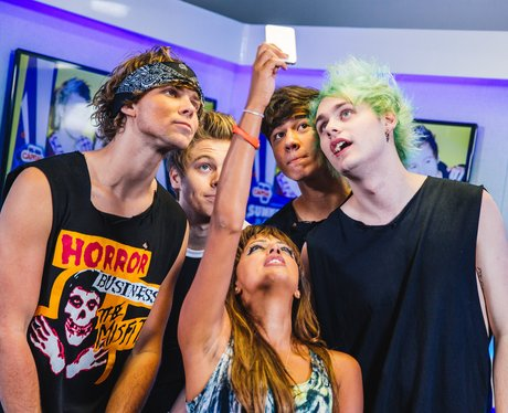 5SOS backstage at the Summertime Ball 2014