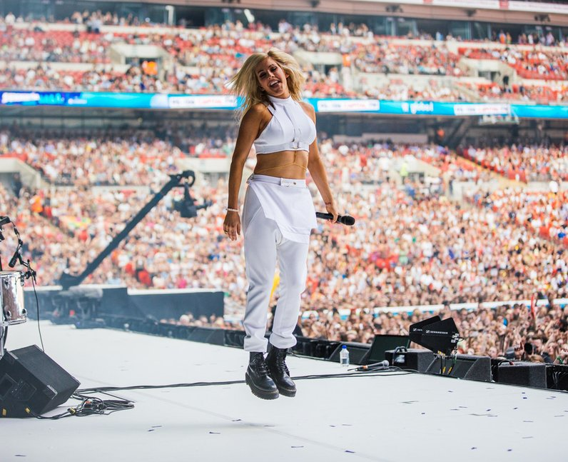 Ellie Goulding live at the Summertime Ball 2014