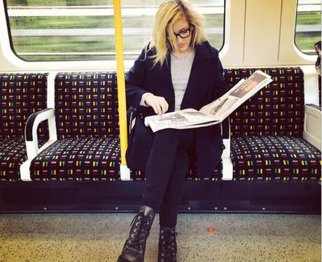 Ellie Goulding on the tube