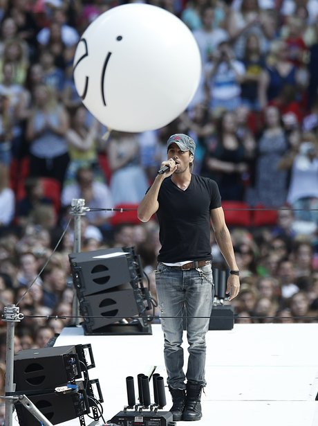 Enrique Summertime Ball 2014 Performance