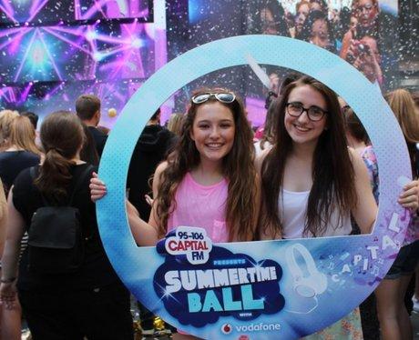 Summertime Ball 2014: The Fans