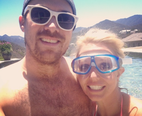 Britney Spears and Boyfriend Holiday Selfie