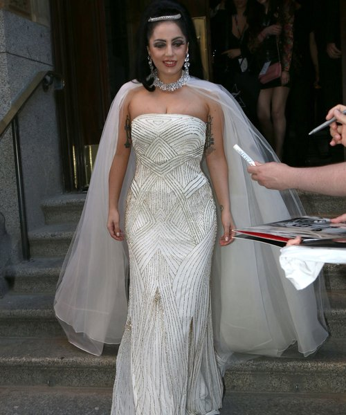 Download Music Lady Gaga Always Remember Of This Us: Is Gaga Getting Married? The Mother Monster's Been Spotted