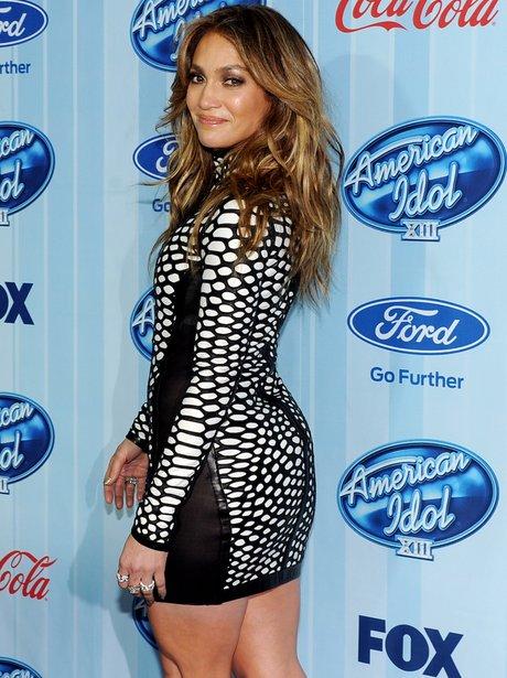 Jennifer lopez at event wearing monochrome