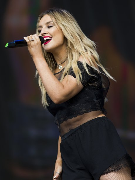 Little Mix Perrie Edwards Live In Hyde Park