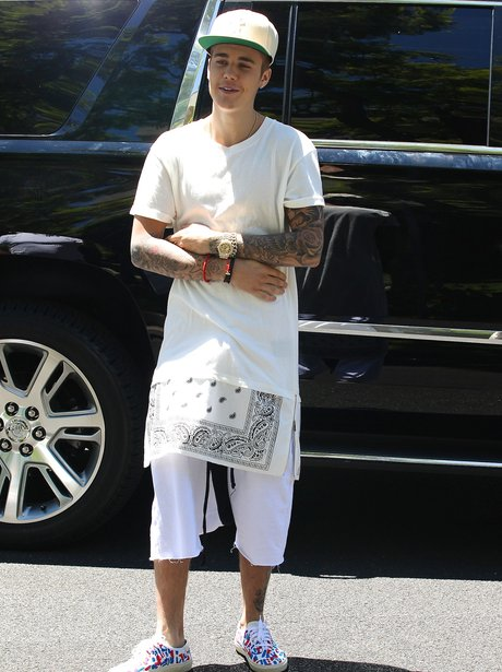 It Seems White Might Be Justin Biebers Favourite Colour