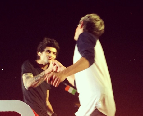 Zayn and Niall Onstage