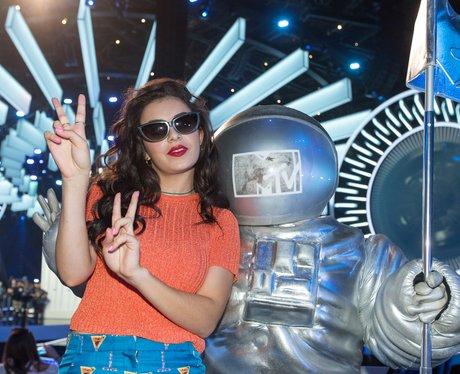 Charli XCX MTV VMAS 2014