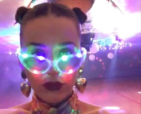 Katy Perry disco selfie