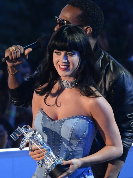 Katy Perry Wins MTV VMA 2014