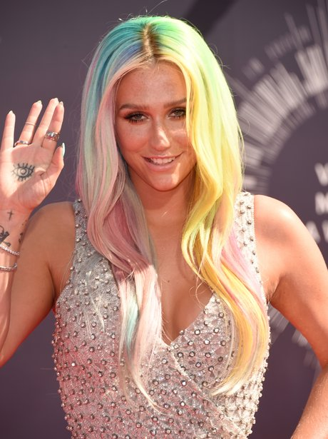 Kesha MTV VMAs 2014 Red Carpet