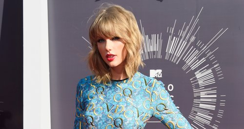 Taylor Swift Reveals Full Tracklist For New Album 1989 Amazing Capital