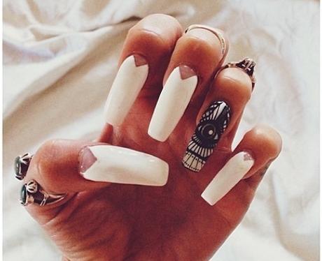 Vanessa Hudgens Nail Art Instagram