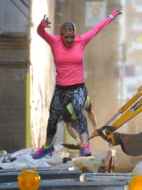Ellie Goulding fimling Nike Advert