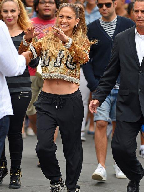 Jennifer Lopez filming video