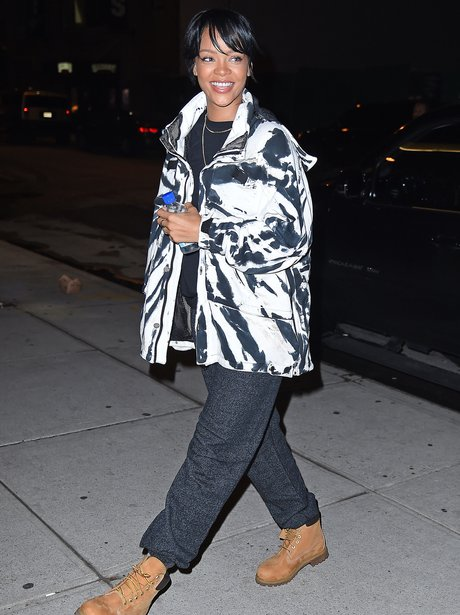 Rihanna arriving at the studio