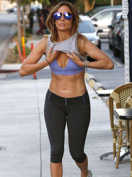 Jennifer Lopez toned abs