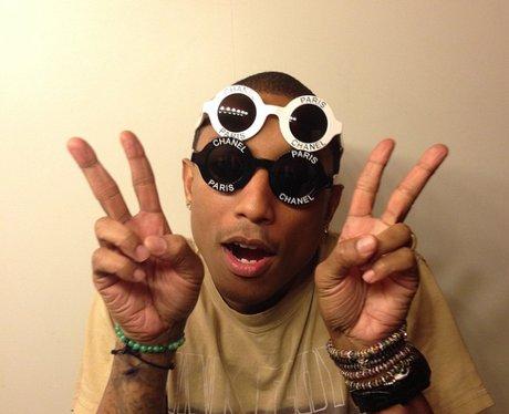 Pharrell Williams selfie instagram