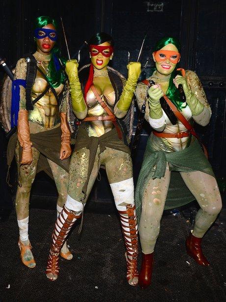 Rihanna dresses as a ninja turtle for halloween