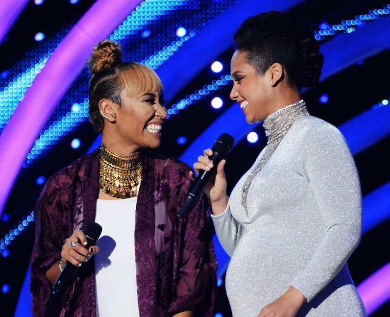 Emeli Sande and Alicia Keys MTV EMAs Live