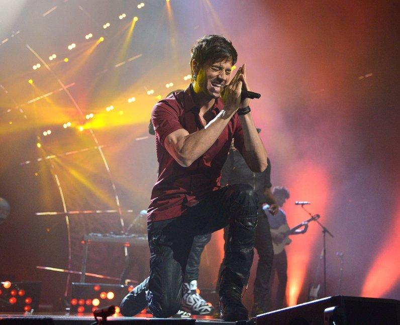 Enrique MTV EMAs 2014 Live